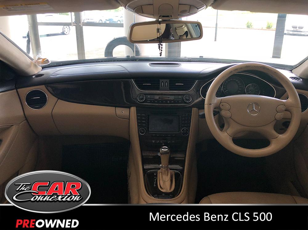 Mercedes Benz CLS 500 11
