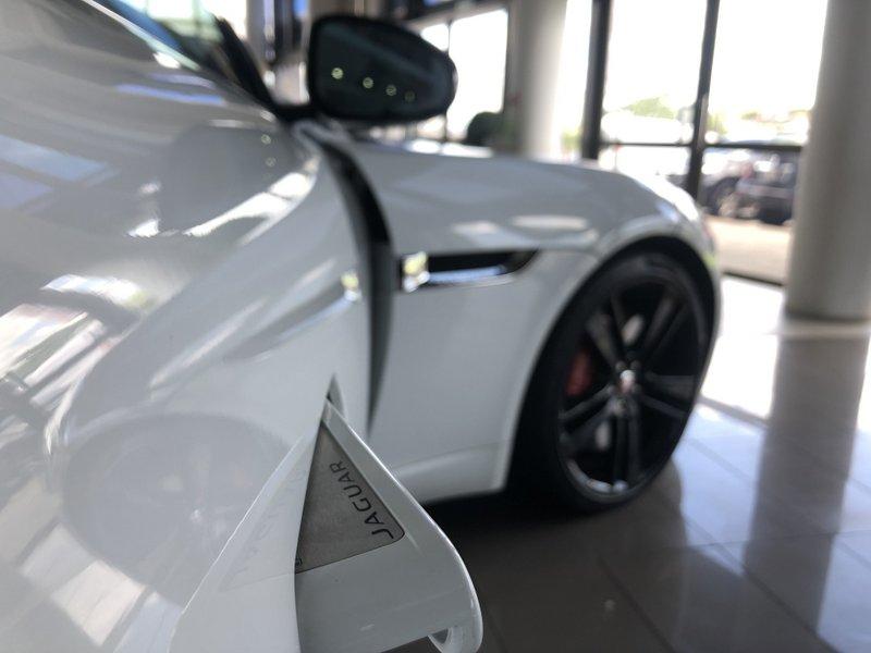 Jaguar F-Type S 3.0 Supercharged 13