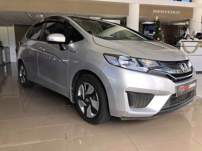 Honda Fit Hybrid 12