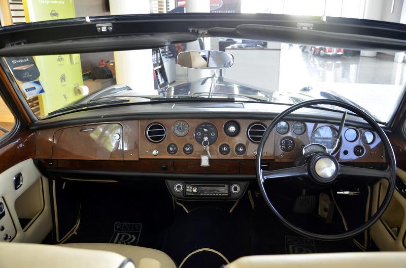 Rolls Royce Silver Shadow Drophead Coupé 15