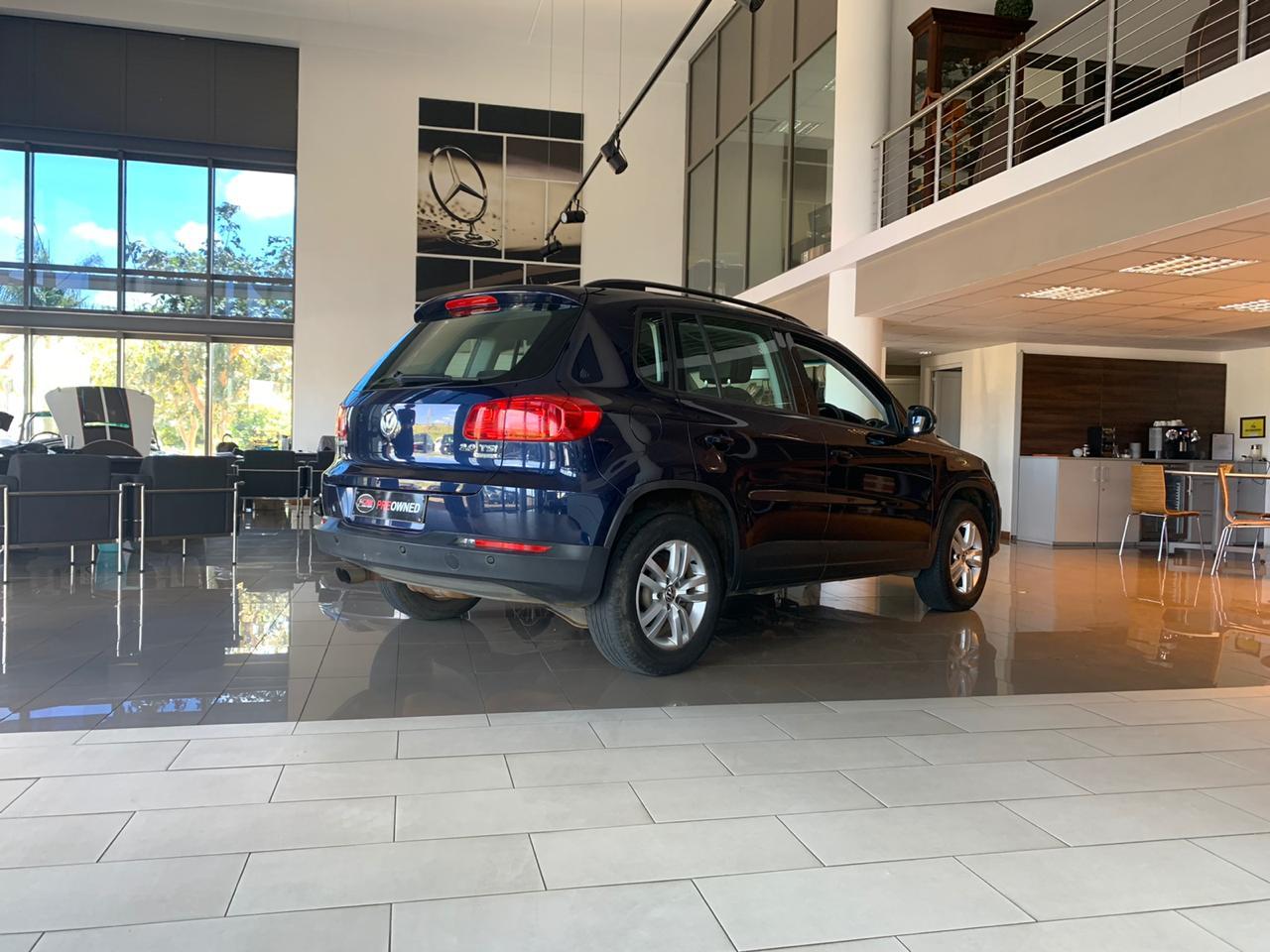 Volkswagen Tiguan 2.0 TSI 4Mot... | The Car Connexion