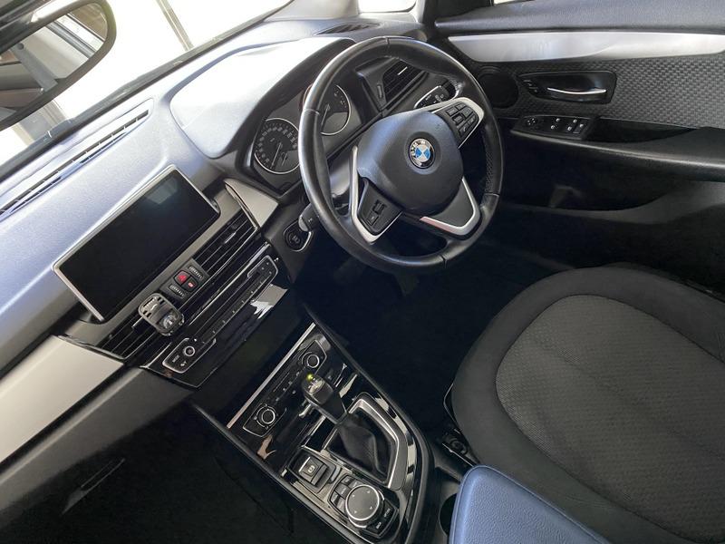 BMW 2-Series 218I 5