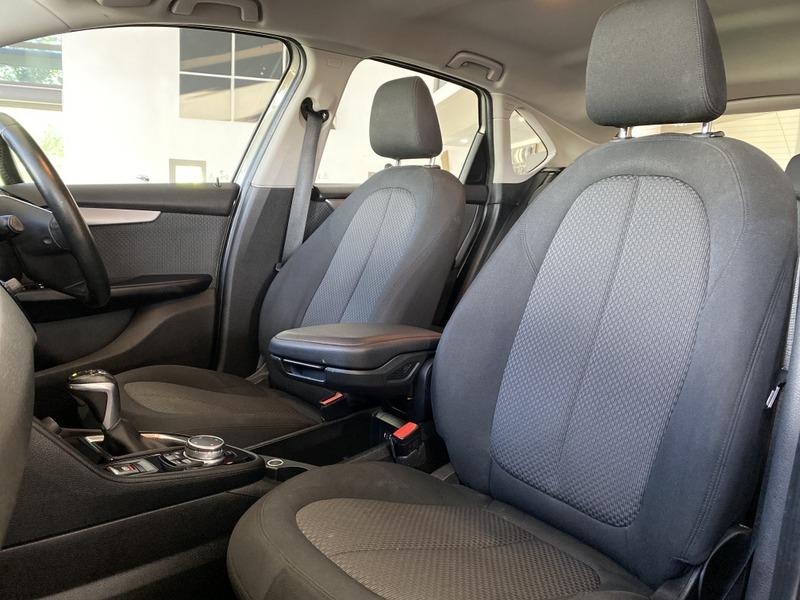 BMW 2-Series 218I 8