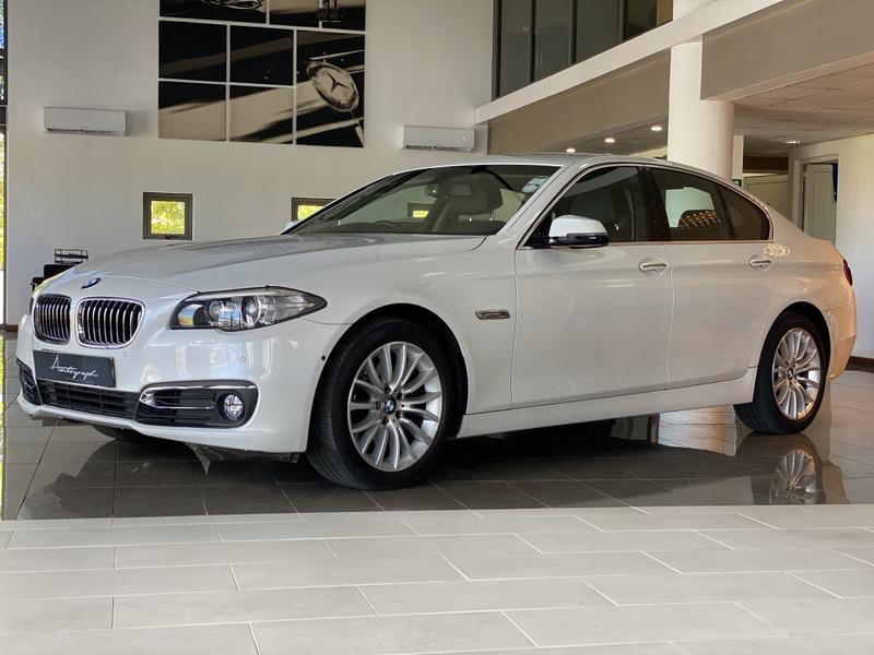 BMW 5-Series 528I (F10)