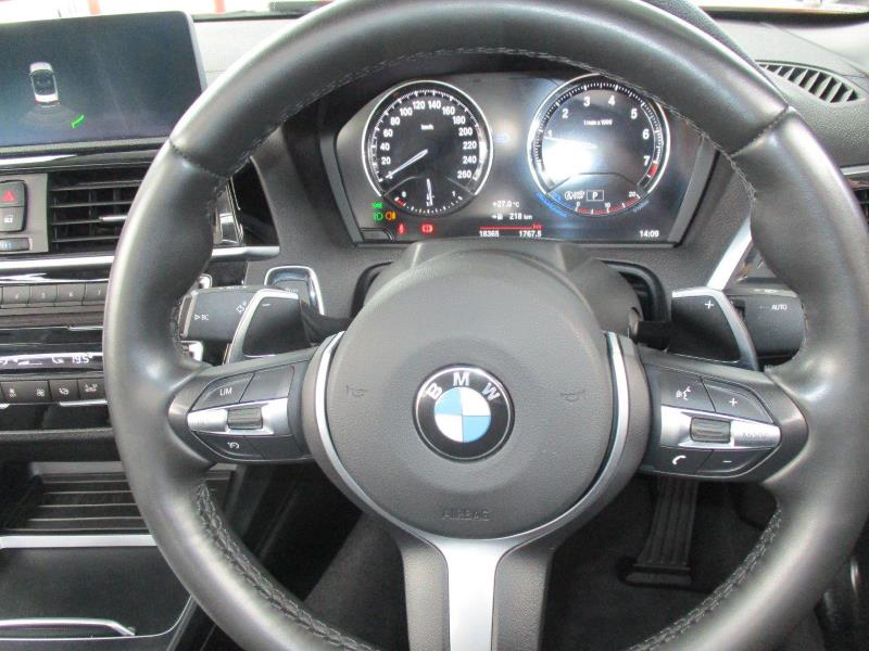 BMW 2-Series 220i Msport Cabriolet 5