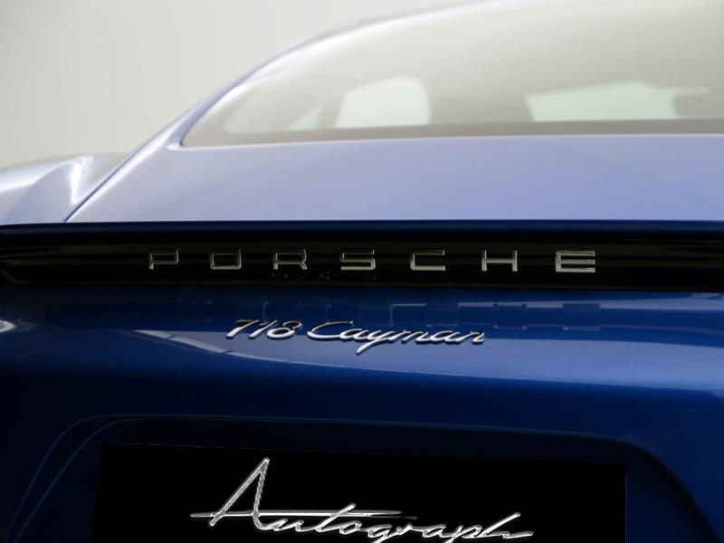 Porsche 718 Cayman 11