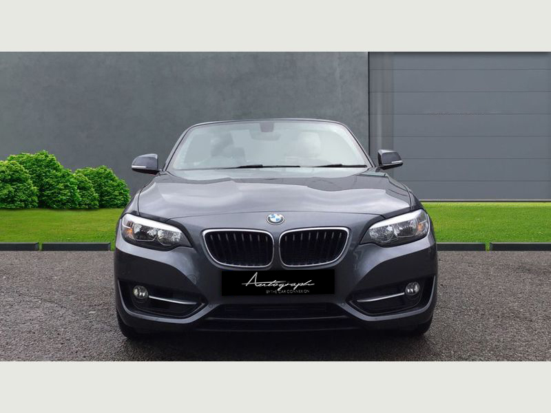 BMW 2-Series 218i Sport Convertible 3