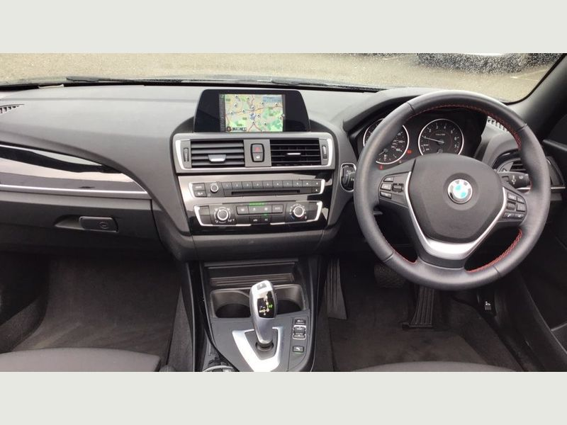 BMW 2-Series 218i Sport Convertible 6