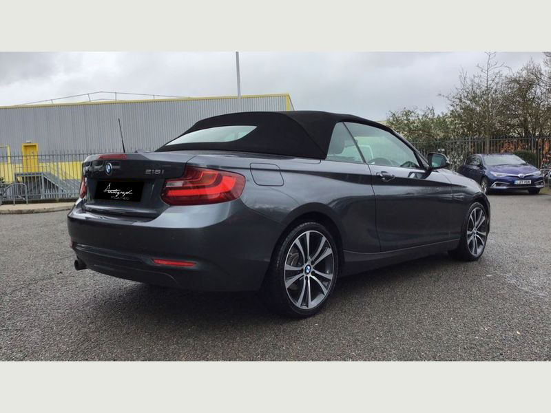 BMW 2-Series 218i Sport Convertible 18