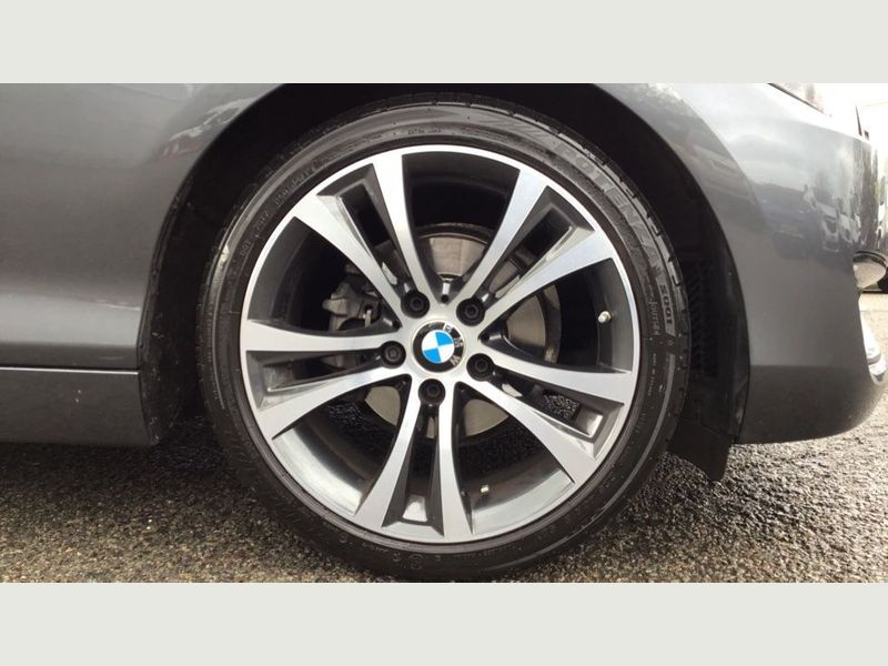 BMW 2-Series 218i Sport Convertible 19