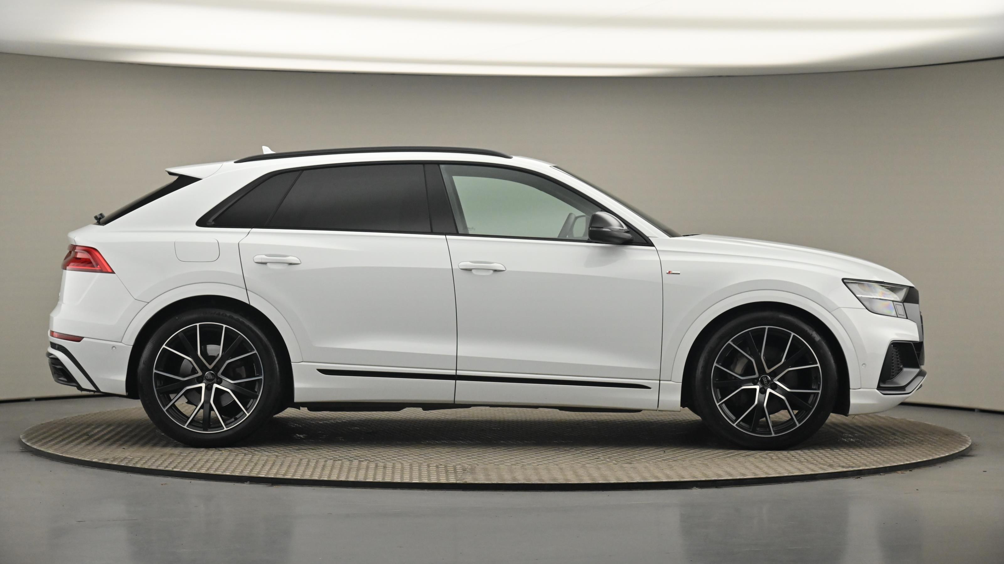 Audi Q8 50 TDI Vorsprung Quattro S LIne 4