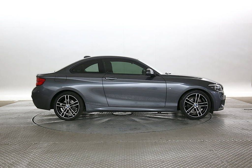 BMW 2-SERIES 218I SPORT COUPE 1