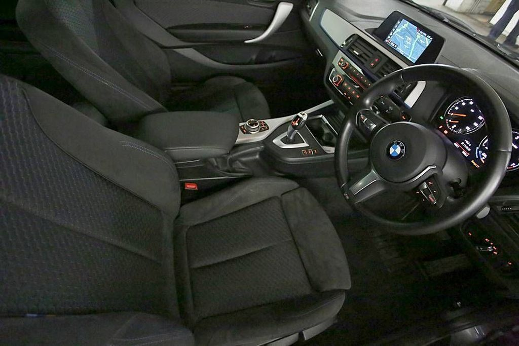 BMW 2-SERIES 218I SPORT COUPE 9